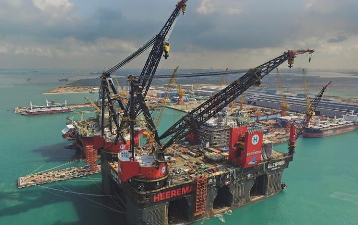 10,000mt Tub Mounted Cranes, Sleipnir, Heerema